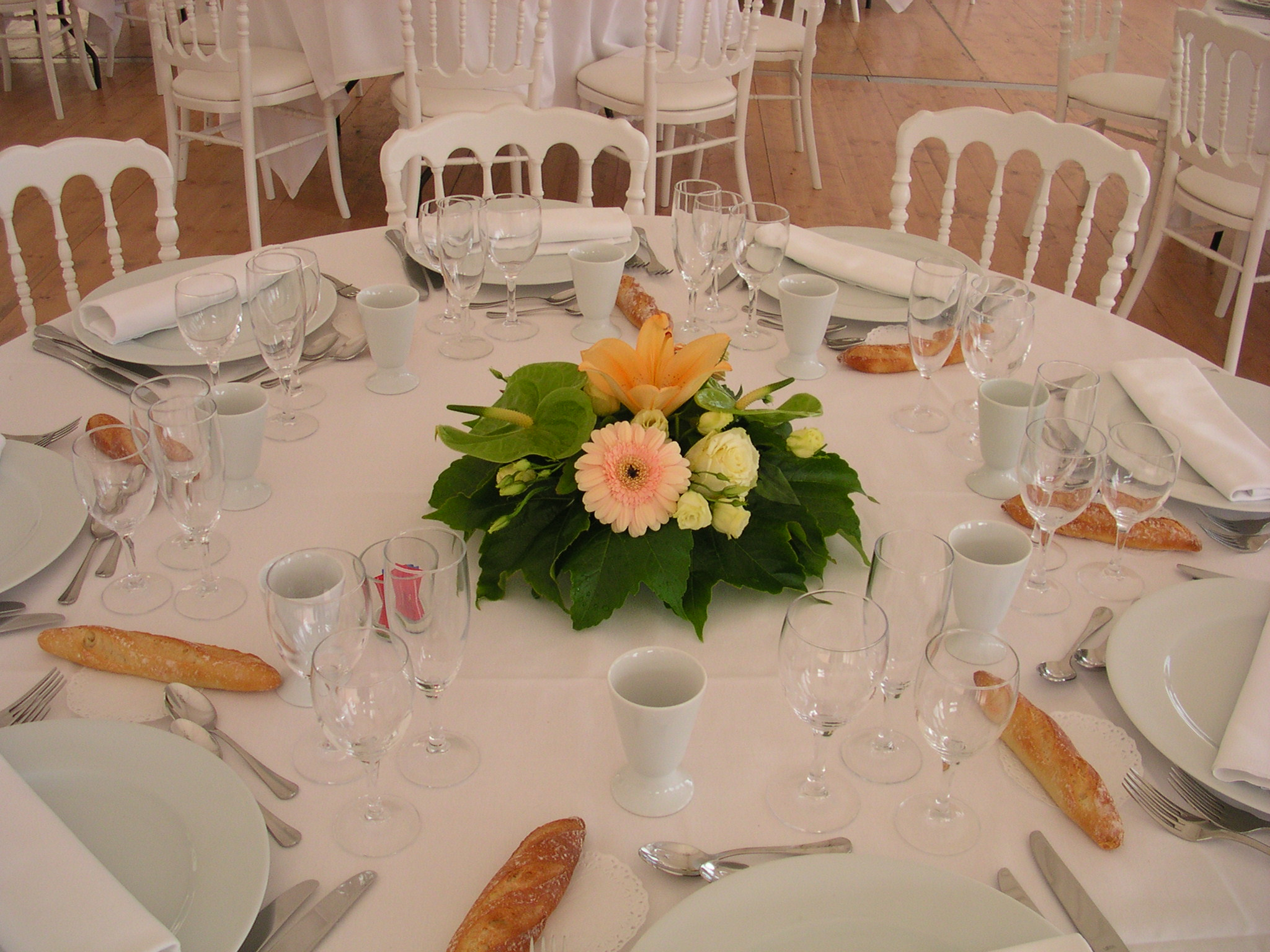 Passion fleurs - Art floral moderne centre de table ...
